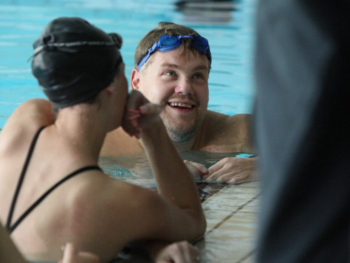 James Corden training synchronised swimming with Aquabatix