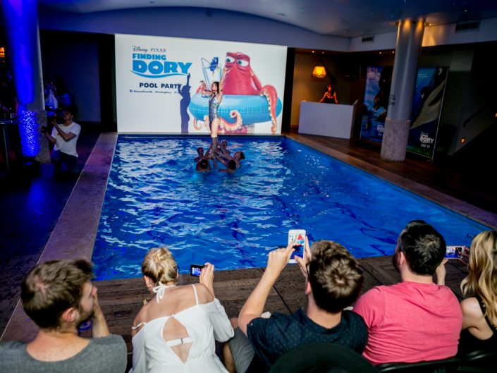 Guests capture synchronised swimming at Disney's Finding Dory pool party screening