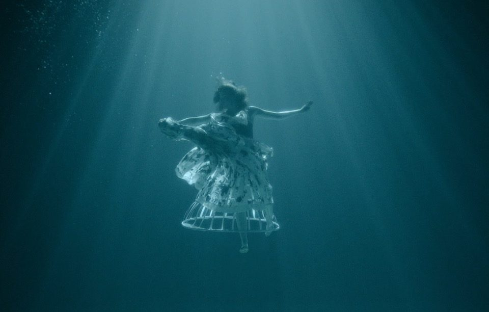 Underwater model in new short film