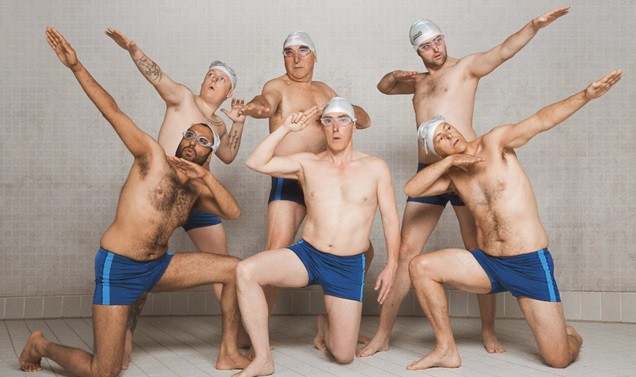 Men who do synchronised swimming
