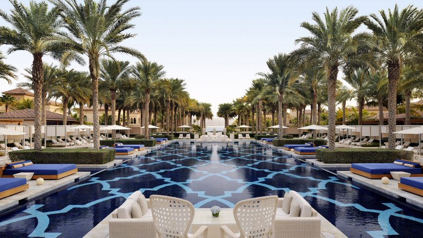 Glamorous swimming pools in the Middle East