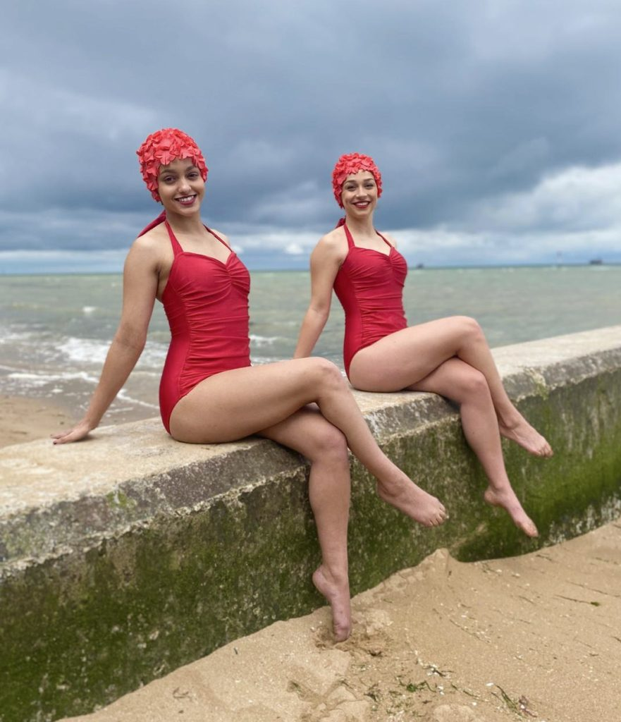 Aquabatix synchronised swimmers in Island by Bow Anderson